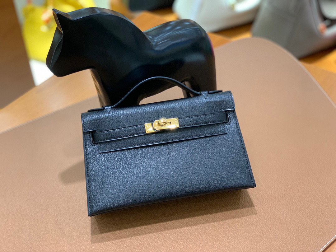 Hermes Kelly Pochette 22CM 山羊皮 黑色 金扣 手拿包