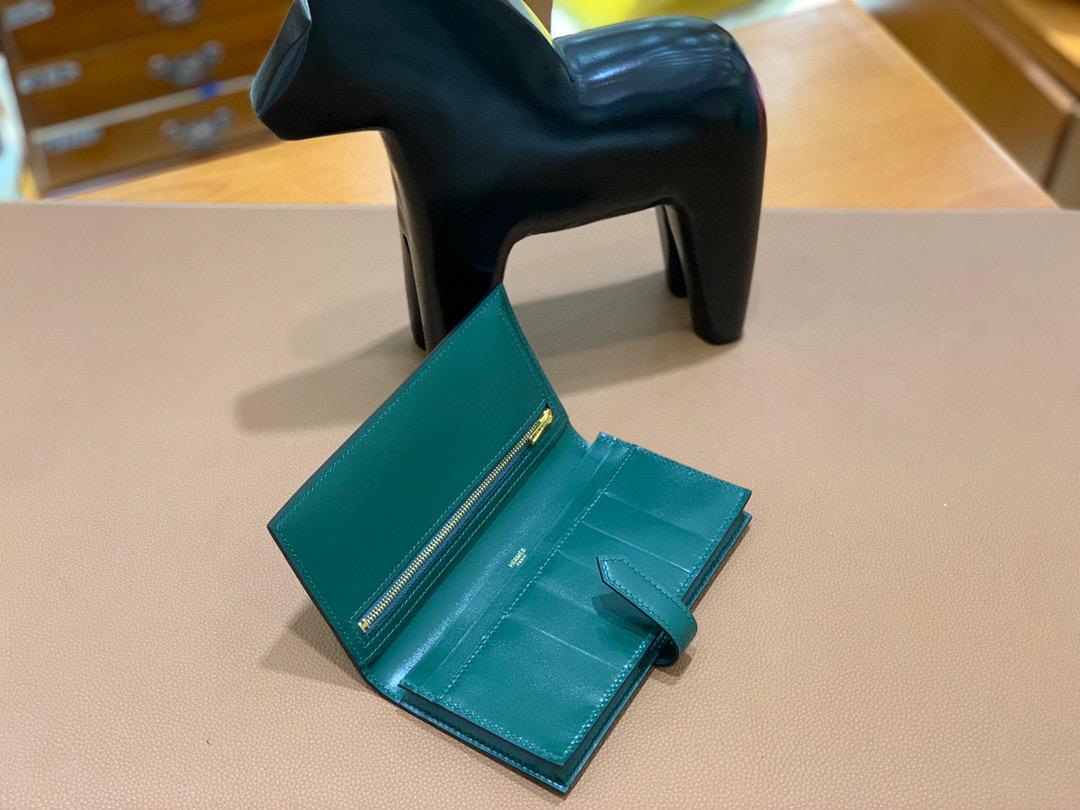 爱马仕 Hermes Bearn 西装夹 钱包 Box皮  英国绿 金扣