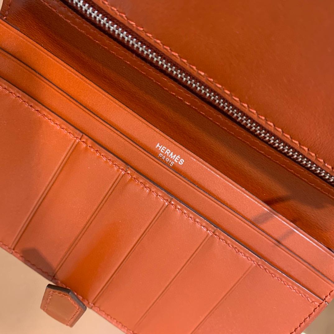 爱马仕 Hermes Bearn 西装夹 钱包 BOX皮  古铜色 银扣