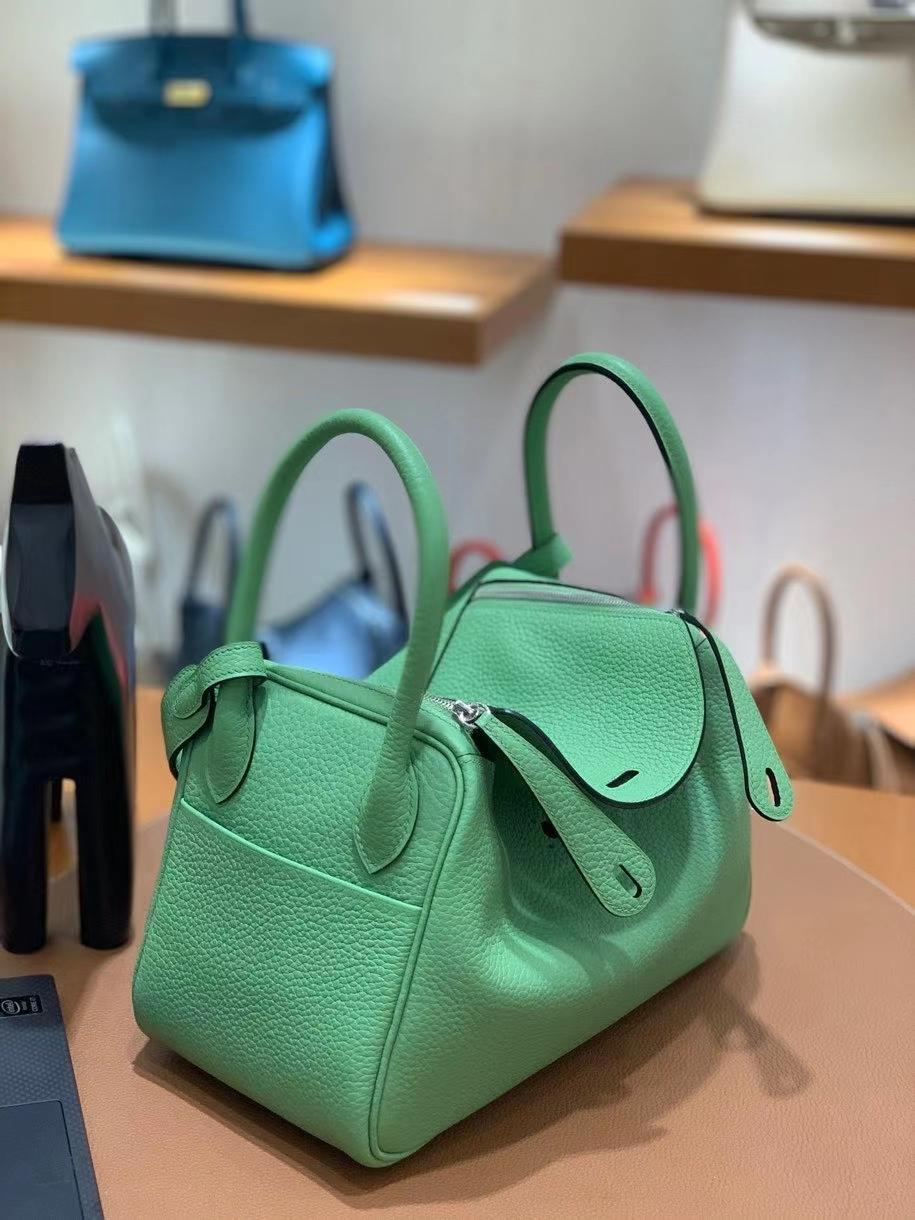 Hermès(爱马仕)TC 3i牛油果绿 Lindy 26 银扣