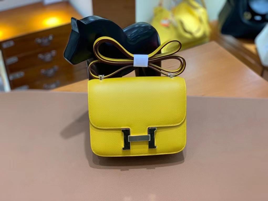 Hermès(爱马仕)Constance 空姐包 epsom 9D琥珀黄 金扣 19cm 现货