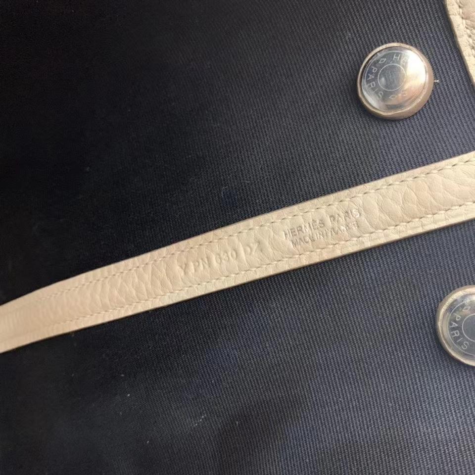 Hermès(爱马仕)Garden Party 花园包 TC拼帆布 奶昔白拼黑色 30cm 银扣