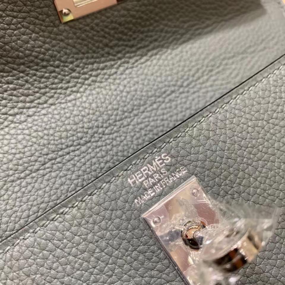 Hermès(爱马仕)Togo 杏仁绿 Kelly 25 银扣 现货