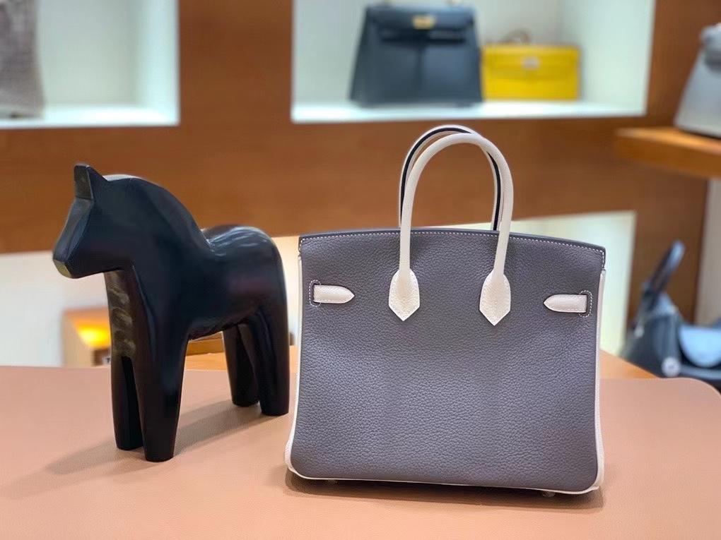 Hermès(爱马仕)Birkin 铂金包 Togo 锡器灰拼奶昔白 金扣 25cm