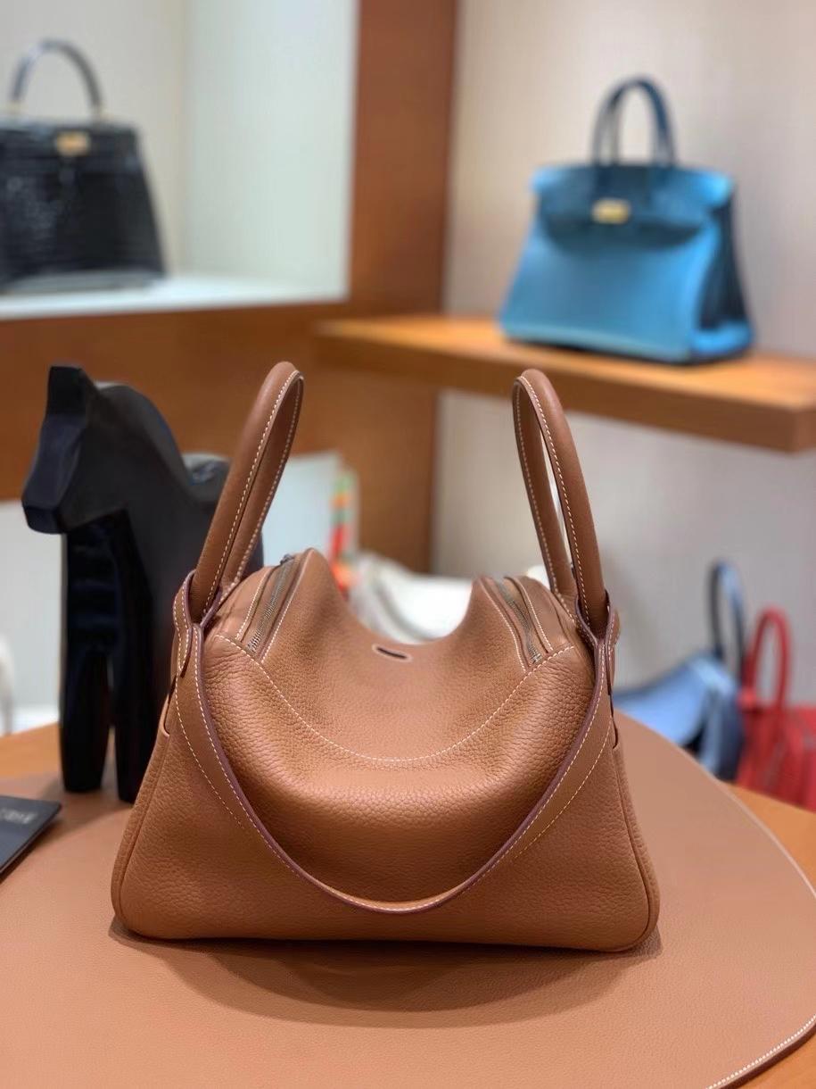 Hermès(爱马仕)TC 金棕色 Lindy 26 银扣