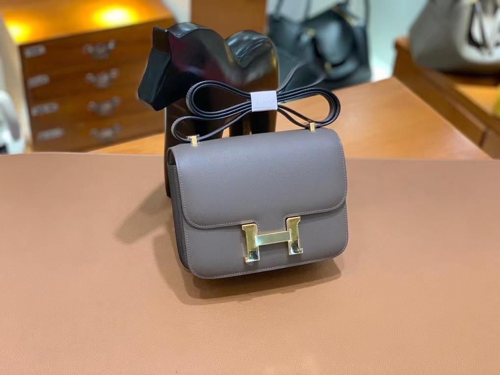 Hermès(爱马仕)Constance 空姐包 epsom 锡器灰 19cm 金扣 现货