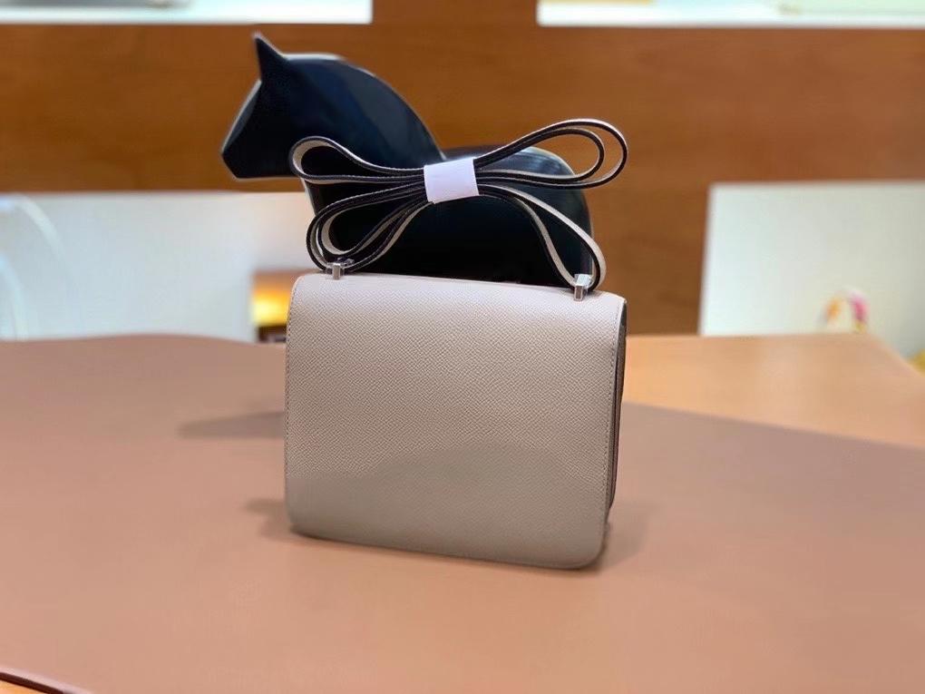 Hermès(爱马仕)Constance 空姐包 epsom 斑鸠灰 银扣 19cm 现货