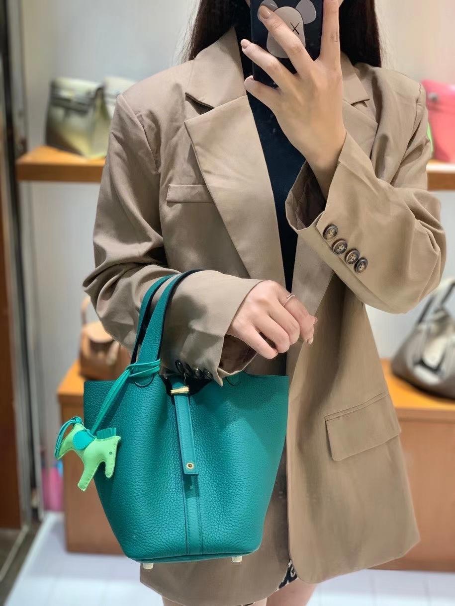 Hermès(爱马仕)Picotin 菜篮子 TC皮 丝绒绿 18cm 金扣