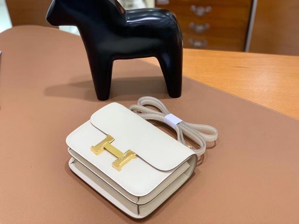 Hermès(爱马仕)Constance 空姐包 epsom 奶昔白 19cm 金扣 现货
