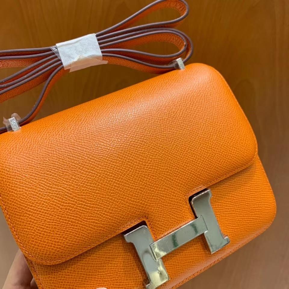 Hermès(爱马仕)Constance 空姐包 epsom 橙色 19cm 银扣 现货