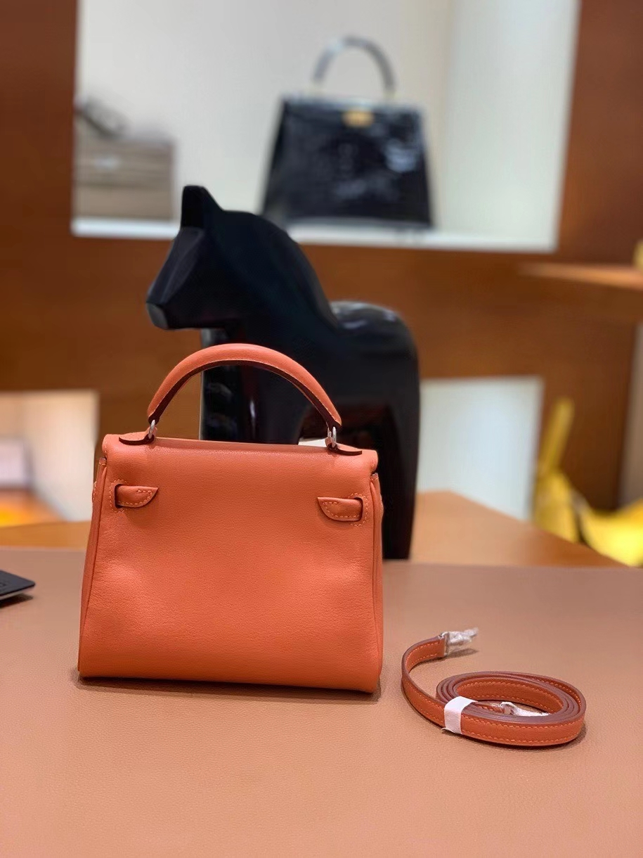 Hermès(爱马仕)Kelly doll swift 橙色 16cm 银扣 现货