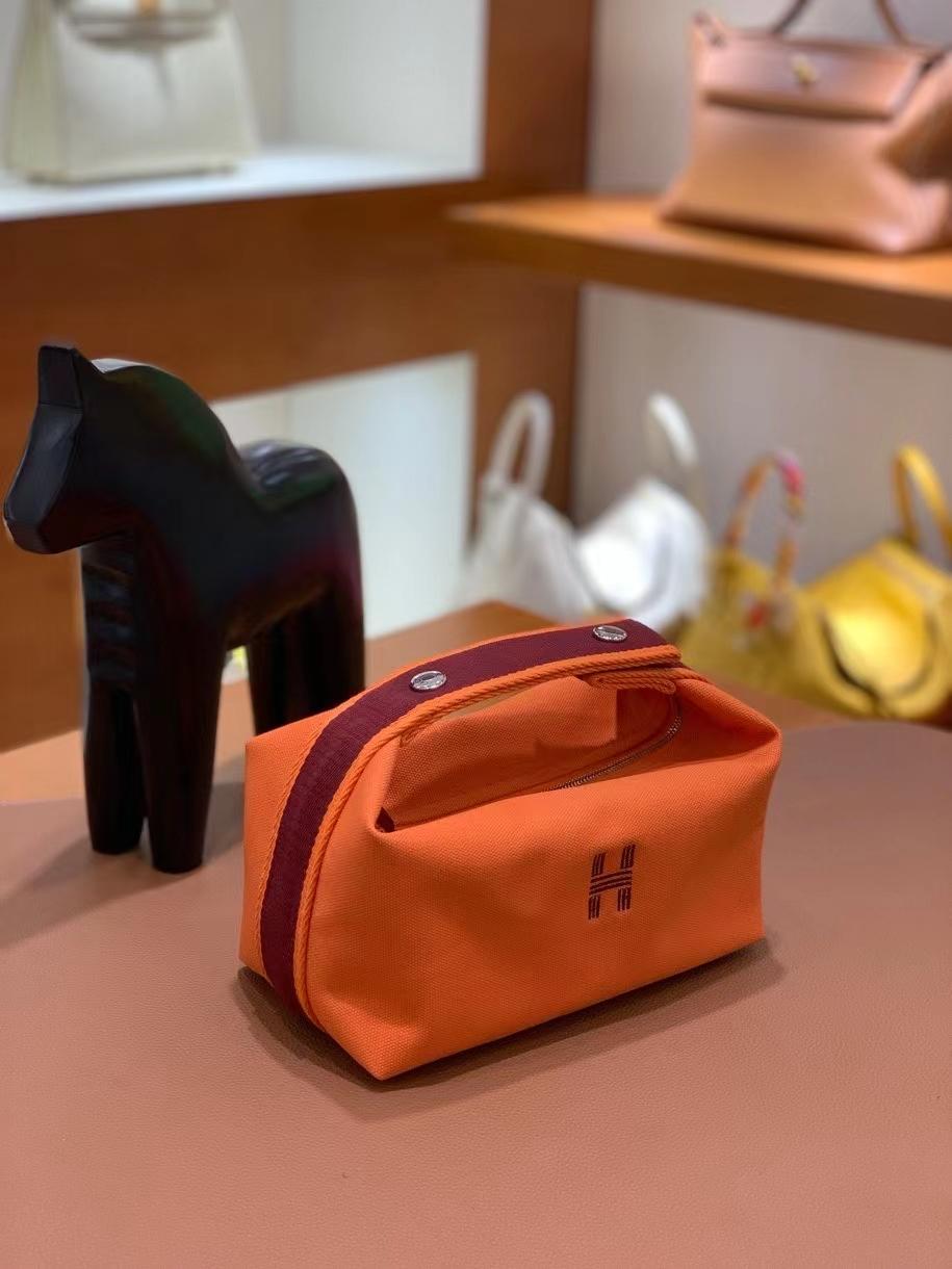 Hermès(爱马仕)橙色 饭盒包 21cm 银扣