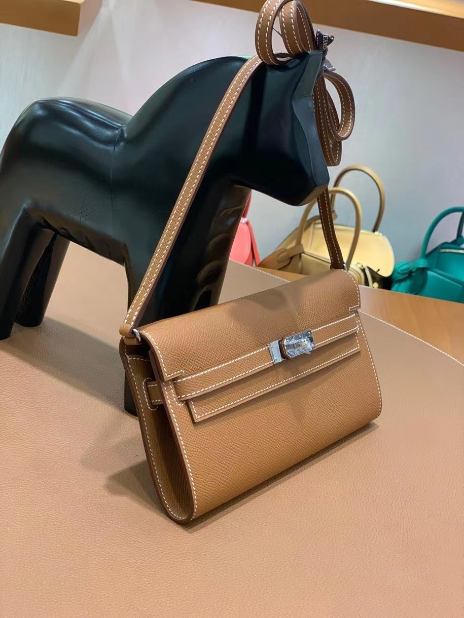 Hermès(爱马仕)Epsom 金棕色 Kelly togo wallet 银扣 现货