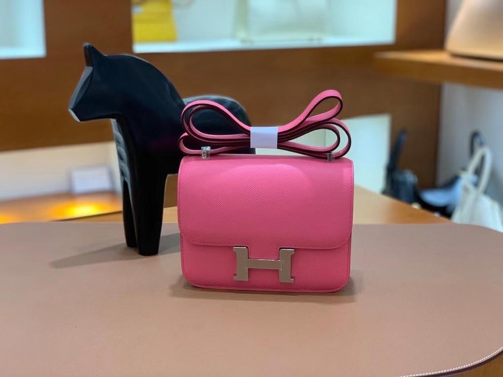 Hermès(爱马仕)Constance 空姐包 epsom 唇膏粉 银扣 19cm 现货