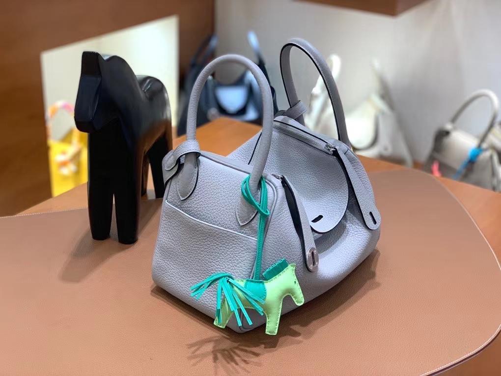 Hermès(爱马仕)TC 海鸥灰 Lindy 26 银扣