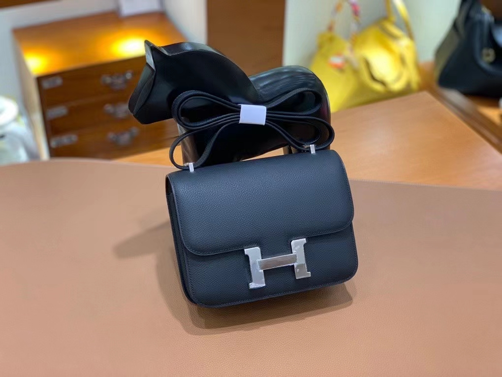 Hermès(爱马仕)Constance 空姐包 epsom 黑色 银扣 19cm 现货