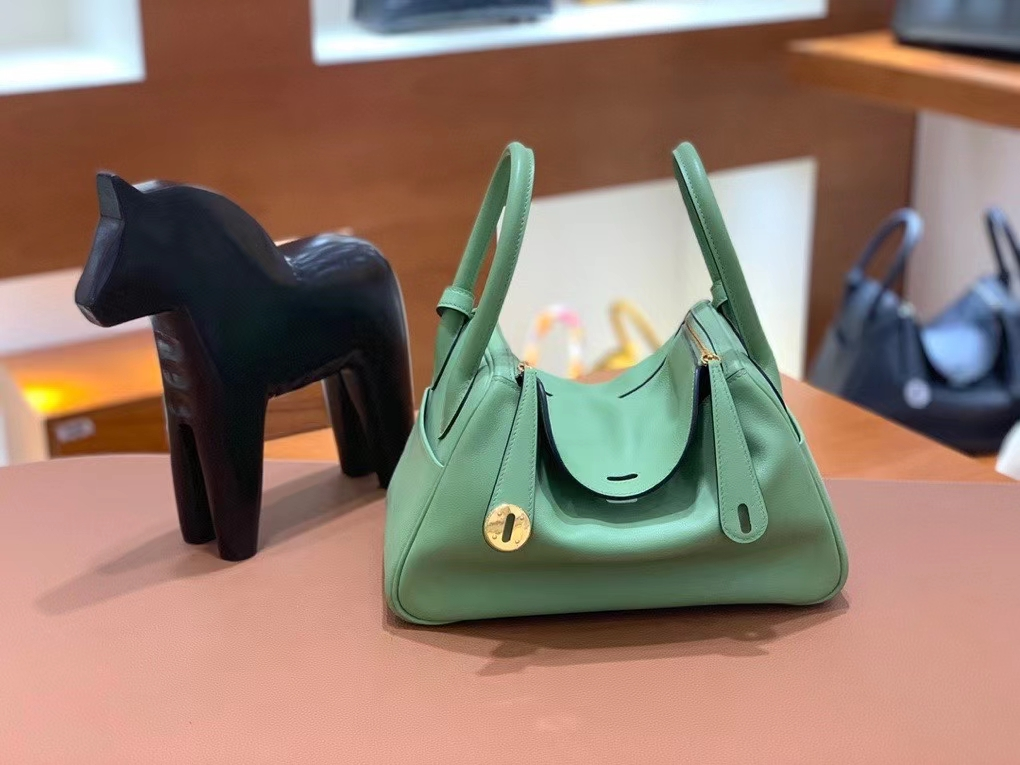 Hermès(爱马仕) Swift皮 牛油果绿 Lindy 26 金扣 现货
