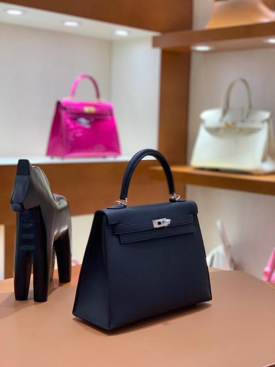 Hermès(爱马仕)Kelly 凯莉包 Epsom 黑色 银扣 25cm