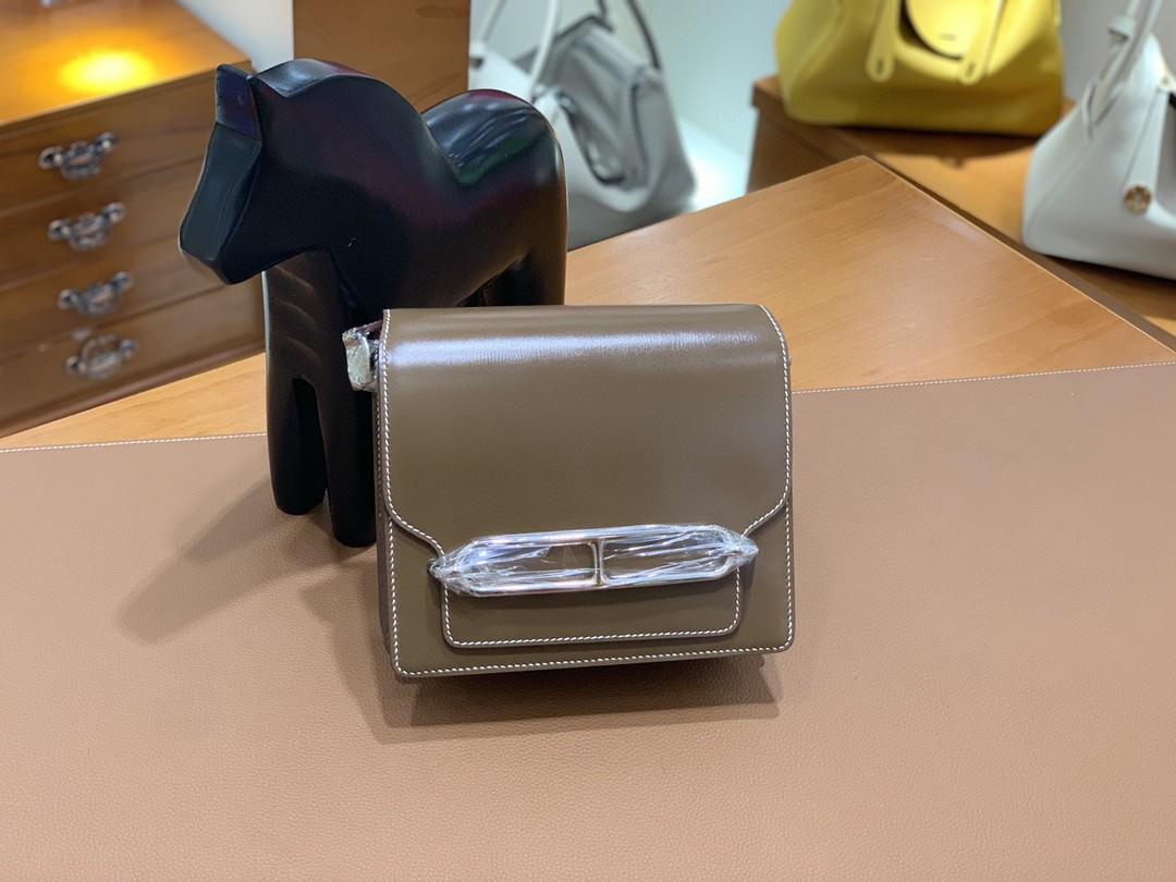 Hermès(爱马仕)Roulis 猪鼻子 Box 大象灰 18cm 银扣 现货