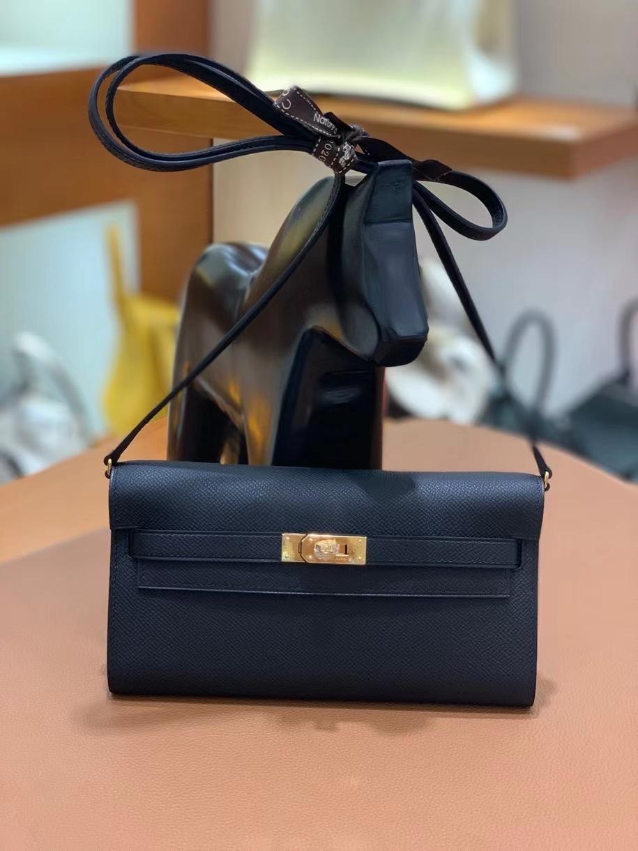 Hermès(爱马仕)Epsom 黑色 Kelly to go wallet 金扣 现货