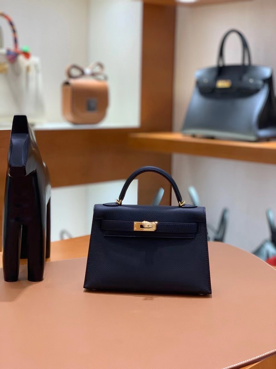 Hermès(爱马仕)Epsom 黑色 minikelly 19cm 金扣 现货