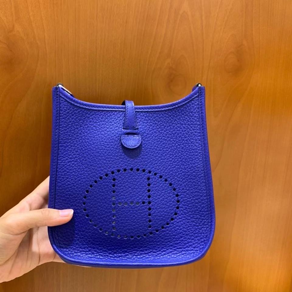 Hermès(爱马仕)TC 电光蓝 Evelyne 16cm 银扣 现货