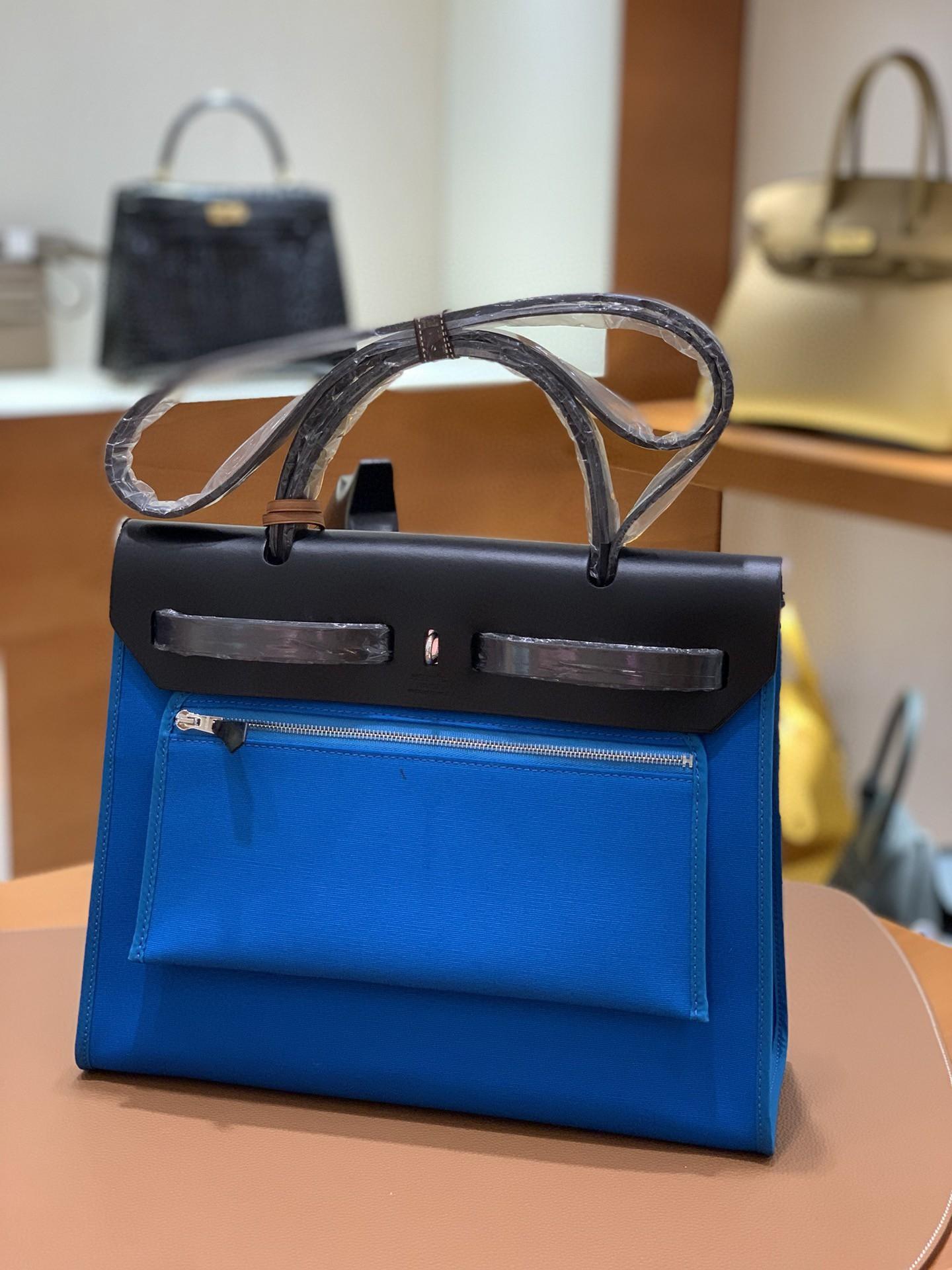 Hermès(爱马仕)Herbag 黑色拼水妖蓝 Box帆布 银扣 31cm