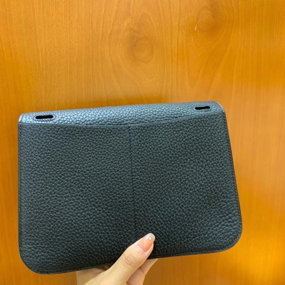 Hermès(爱马仕)TC 黑色 Halzan 22cm 银扣 现货
