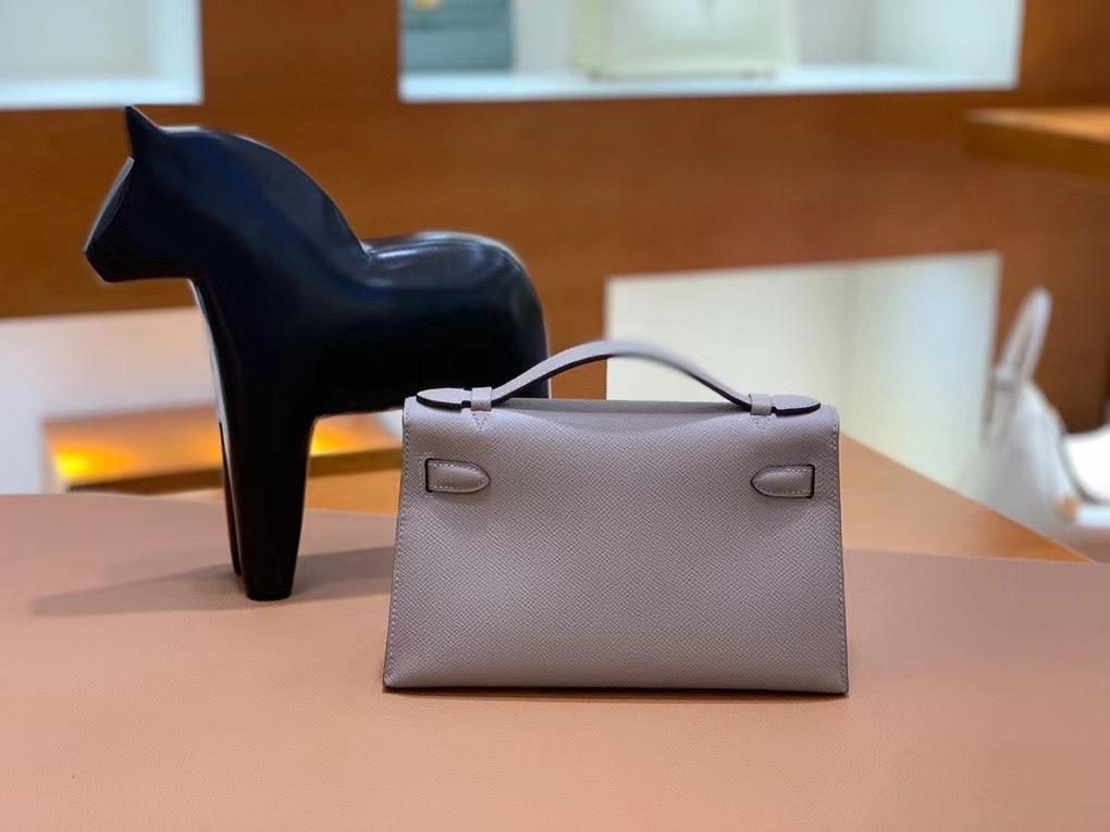 Hermès(爱马仕)Epsom 沥青灰 miniKelly 22cm 银扣 现货