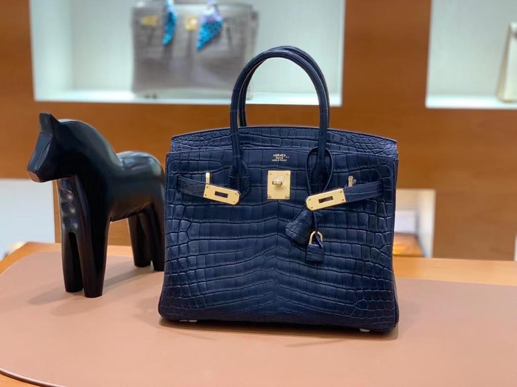 Hermès(爱马仕)Birkin 铂金包 雾面尼罗鳄 深海蓝 金扣 30cm 现货