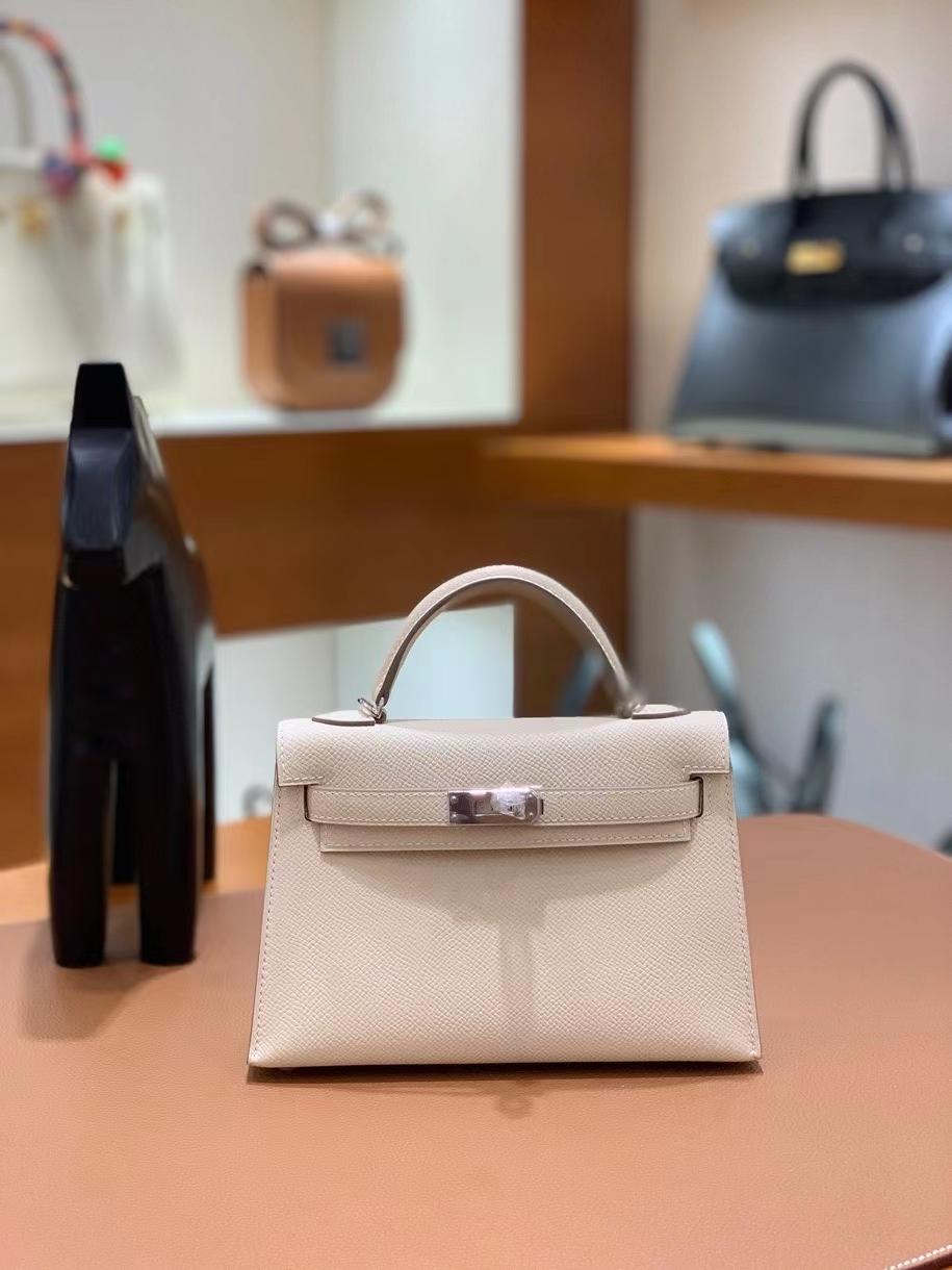 Hermès(爱马仕)Epsom 奶昔白 minikelly 19cm 银扣 现货