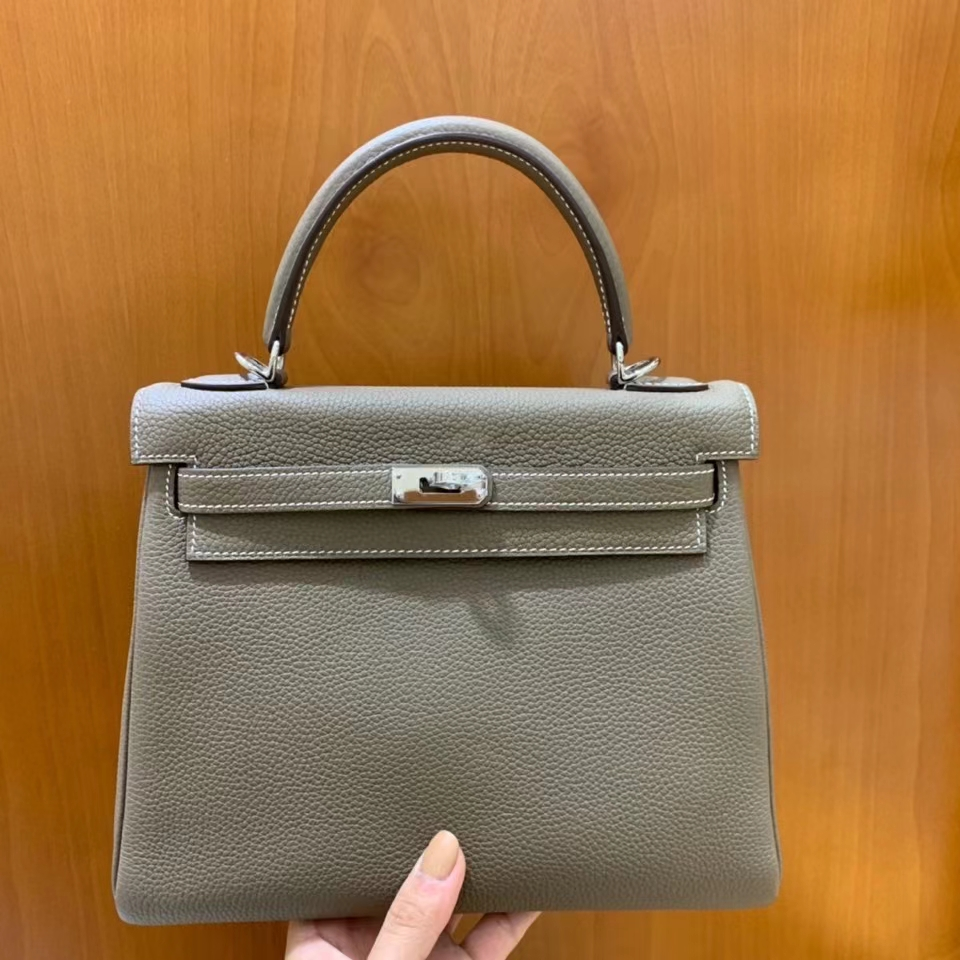 Hermès(爱马仕)Kelly 凯莉包 大象灰 Togo皮 25cm 银扣 现货