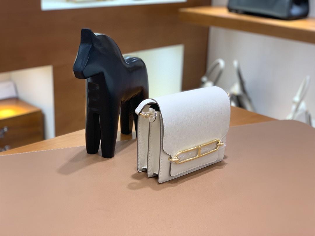 Hermès(爱马仕)Roulis 猪鼻子 evercolor 奶昔白 18cm 金扣 现货