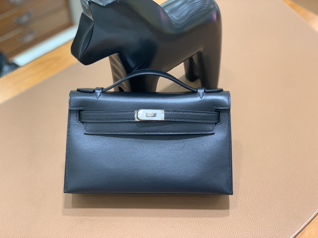 Hermès(爱马仕)mini Kelly 迷你凯莉 swift 黑色 银扣 22