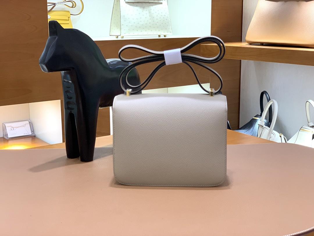 Hermès(爱马仕)Constance 空姐包 Epsom 斑鸠灰 19cm 金扣