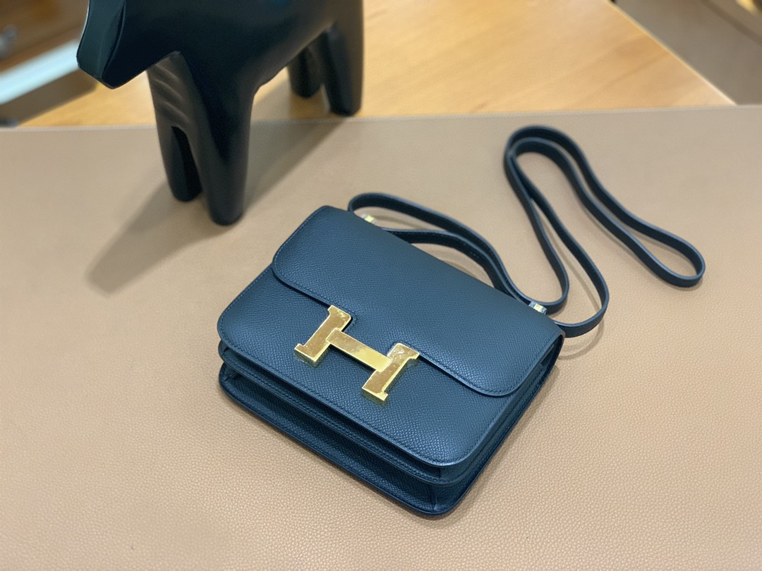 Hermès(爱马仕)Constance 空姐包 Epsom 黑色 19cm 金扣