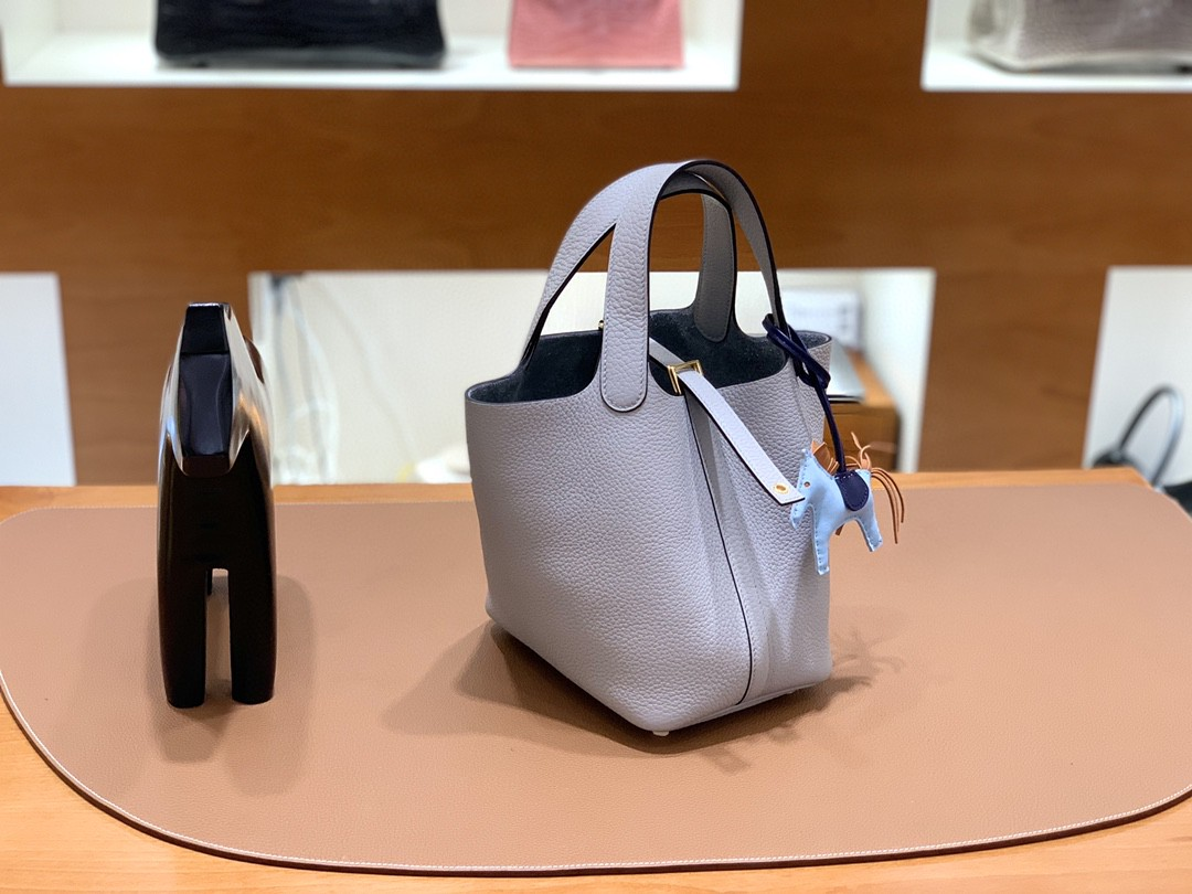 Hermès(爱马仕)Picotin 菜篮包 TC 4Z海鸥灰 18cm 金扣