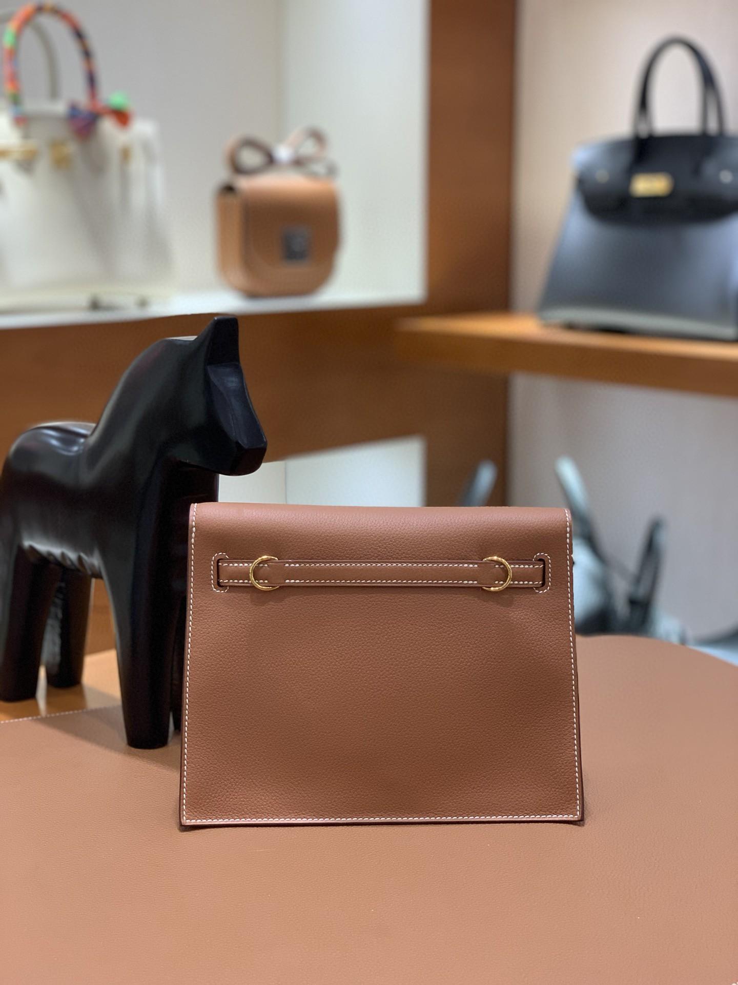 Hermès(爱马仕)Evercolor 金棕色 Kelly danse 22cm 金扣 现货