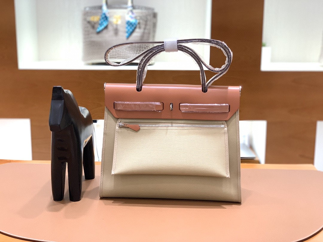 Hermès(爱马仕)herbag Box帆布 太妃金拼风衣灰帆布 银扣 31cm