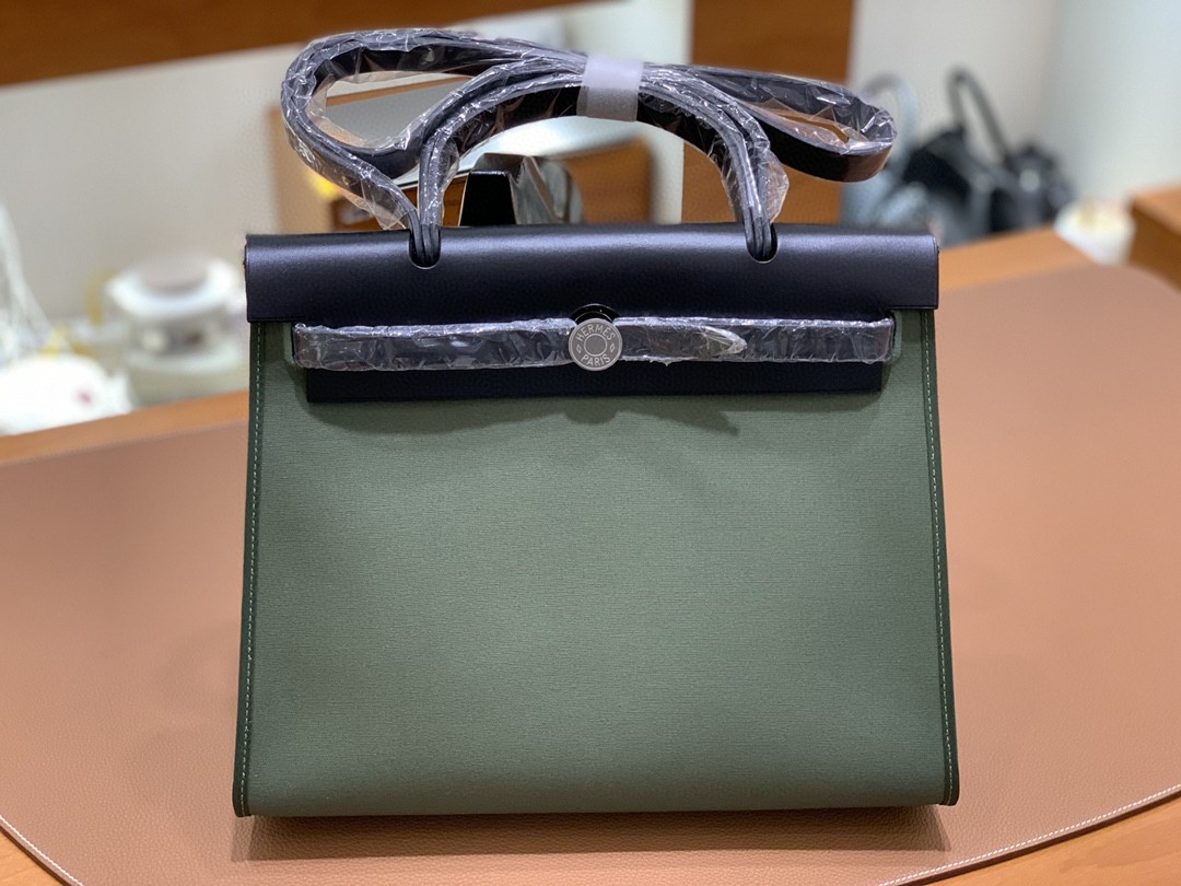 Hermès(爱马仕)herbag Box帆布 黑色拼丛林绿帆布 银扣 31cm