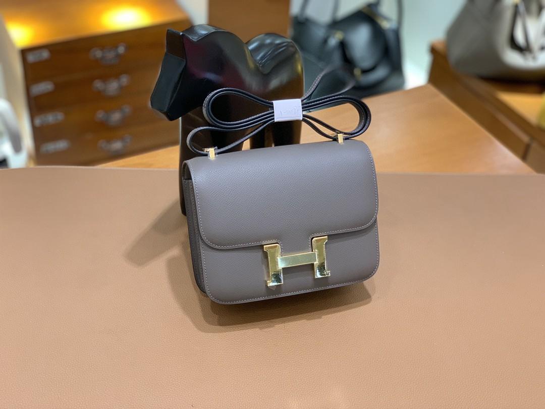 Hermès(爱马仕)Constance 空姐包 Epsom 锡器灰 19cm 金扣