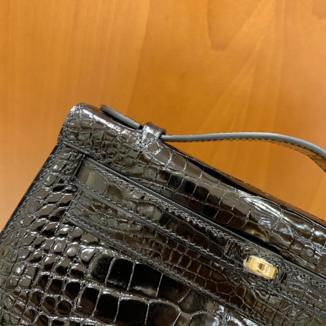 Hermès(爱马仕)minikelly 迷你凯莉 黑色 亮面美洲鳄 金扣 22cm