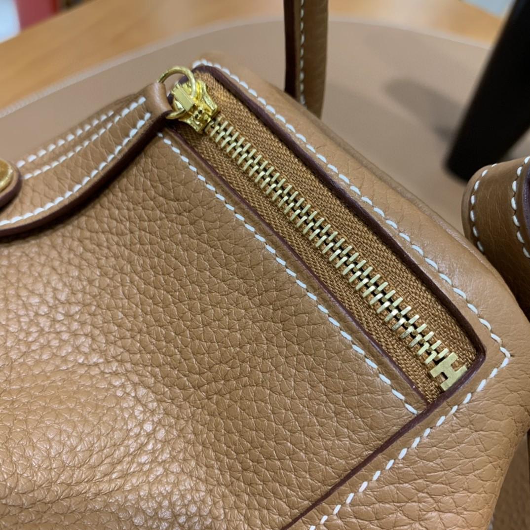 Hermès(爱马仕) minilindy 迷你琳迪 TC 金棕色 金扣