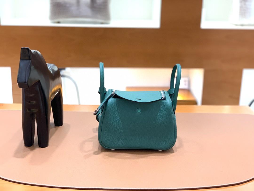 Hermès(爱马仕)mini lindy 迷你琳迪 TC 丝绒绿 金扣 19cm