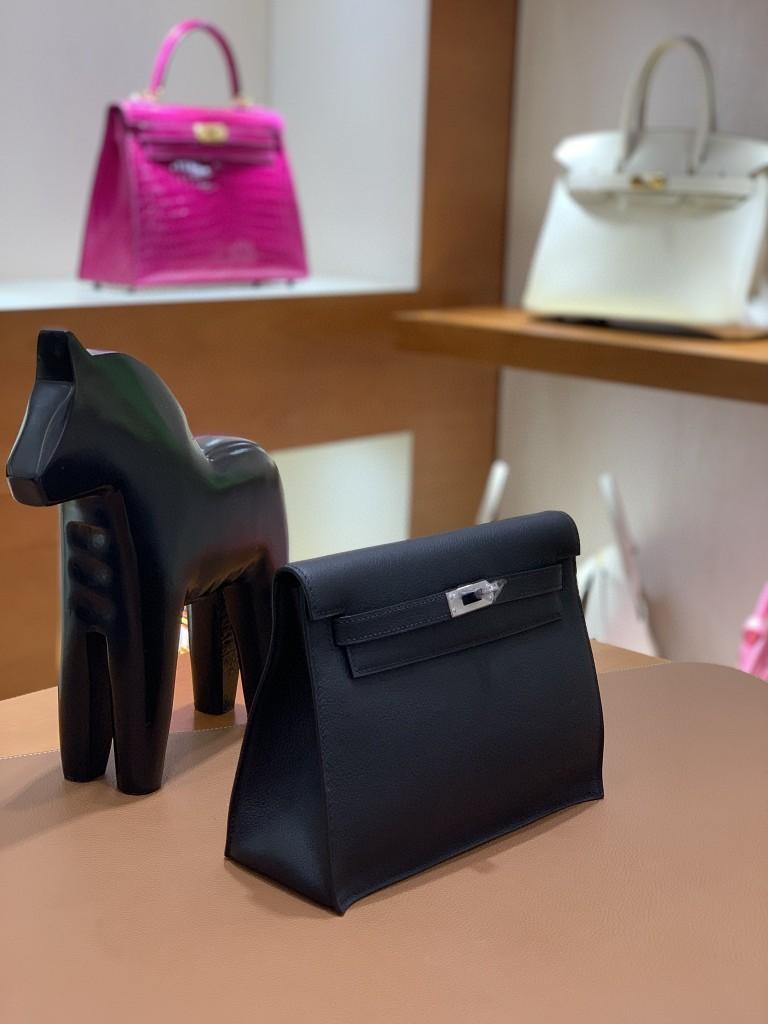 Hermès(爱马仕)Evercolor 黑色 Kelly danse 22cm 银扣 现货