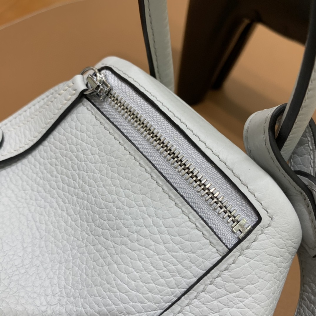 Hermès(爱马仕)minilindy 迷你琳迪 TC 雾蓝色 银扣