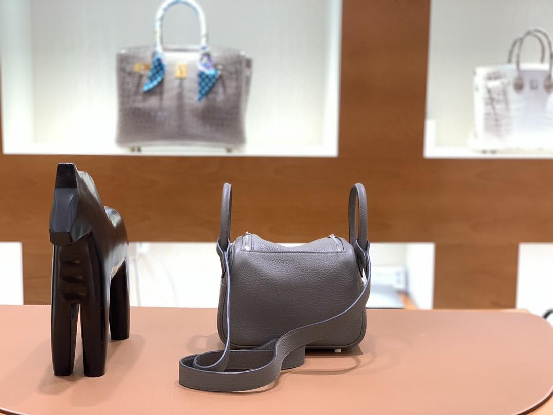 Hermès(爱马仕)Minilindy 迷你琳迪包 TC 锡器灰 银扣