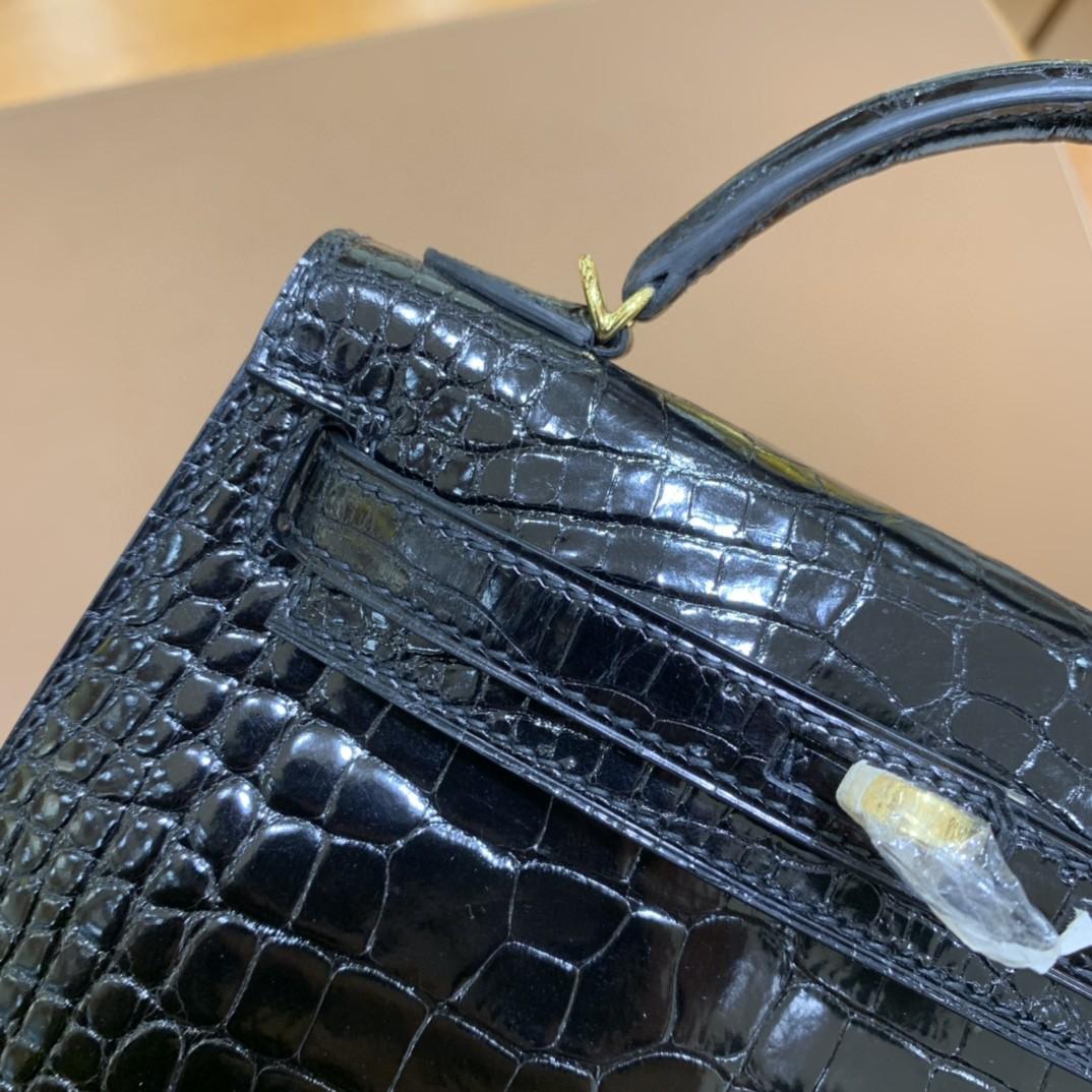 Hermès(爱马仕)mini Kelly 迷你凯莉 亮面美洲鳄 黑色 19cm 金扣