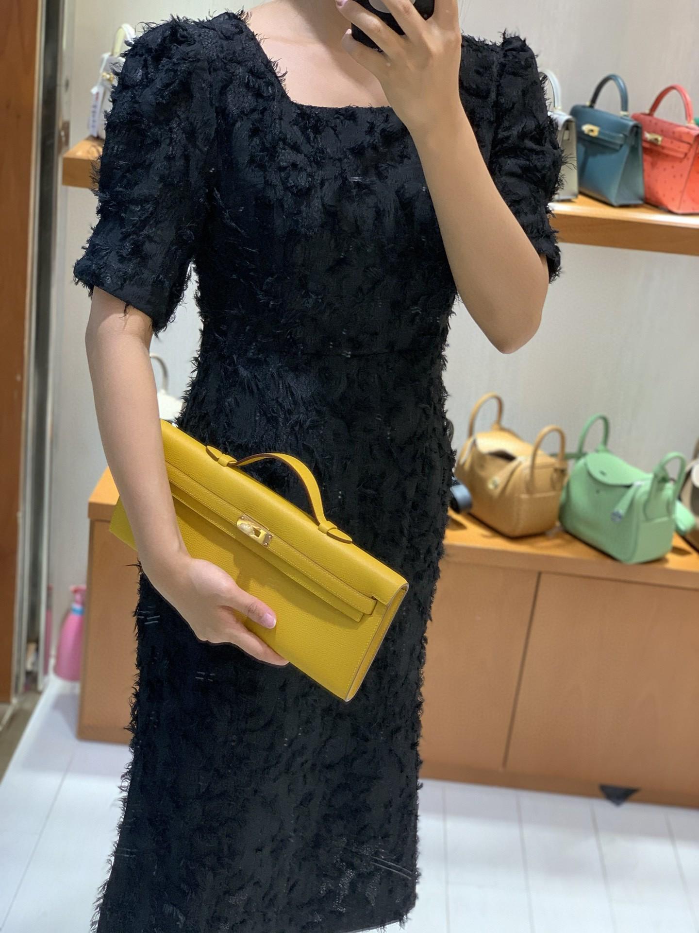Hermès(爱马仕)miniKelly cut 琥珀黄 epsom皮 31cm 金扣