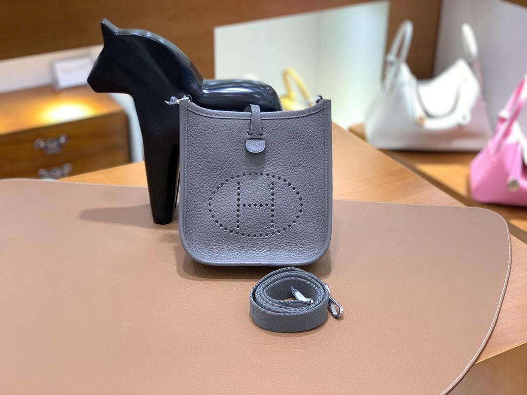 Hermès(爱马仕)Evelyne 伊芙琳 TC 锡器灰 16cm 银扣 现货